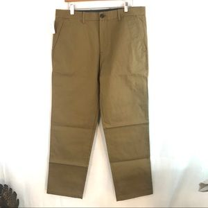 Gap Relaxed Khaki Flat Front Dress Pants 33x32 NEW